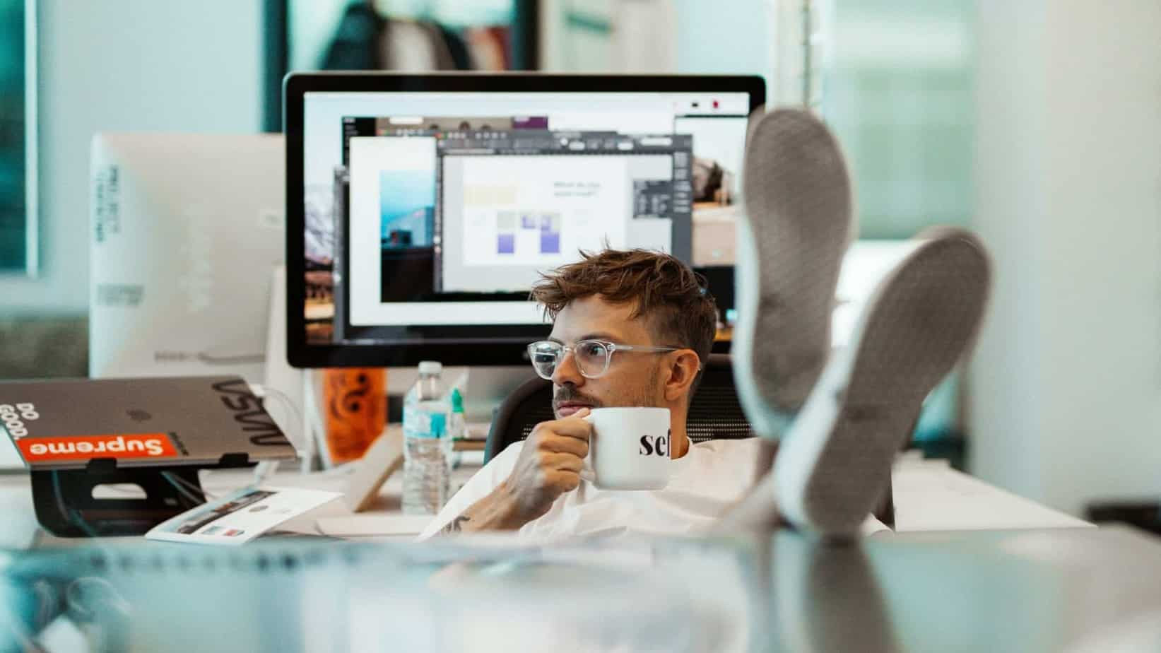 How To Start A Freelance Business With Minimum Startup Cost