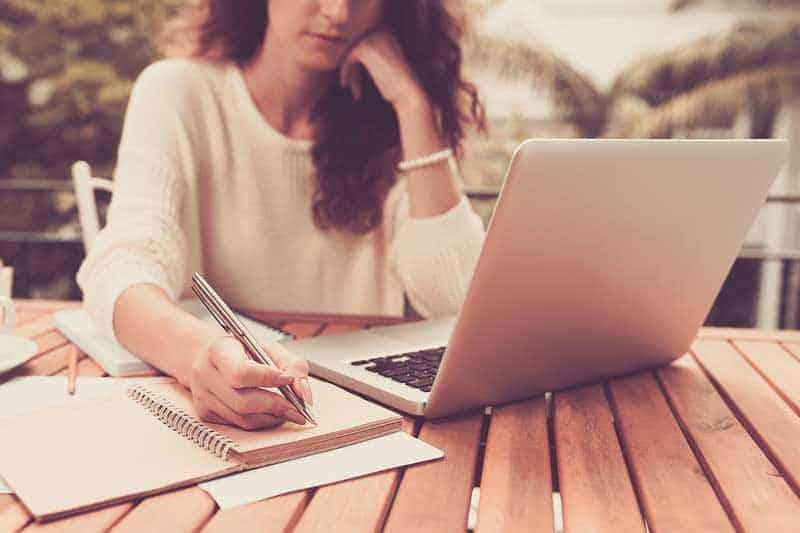 Freelance Writing Jobs 2019