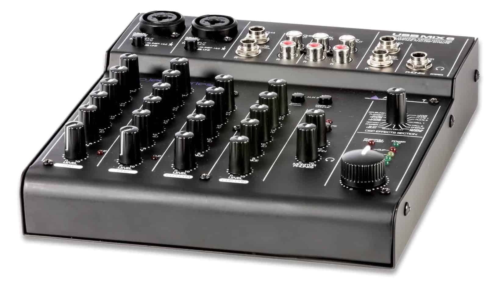 Mixer And Audio Interface for Podcasting